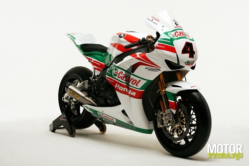 Castrol_Ten_Kate_Honda_2011_2.jpg