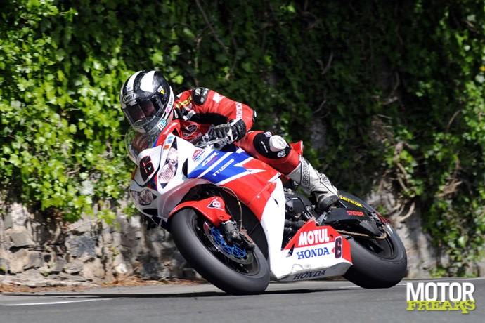 Michael Dunlop_2013_Isle_of_Man_TT